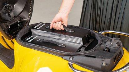 Continental und Varta entwickeln besonders leistungsfähigen Akku für Elektro-Zweiräder