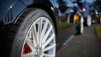 Noua anvelopă sport de la Continental începe cu 42 de versiuni, cu dimensiuni între 19 și 23 de inci