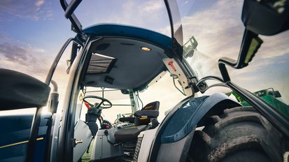 Robust and comfortable – Continental develops surfaces for rugged field work