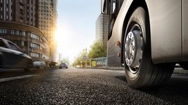 A Year of Real-world Trials: Electric Buses from MAN with Conti Urban HA 3 Tires Impress in Hamburg